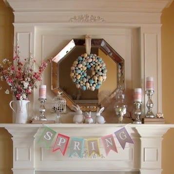 weißer kamin dekorieren zum ostern 2015 mit spiegel und kranz aus ostereiern