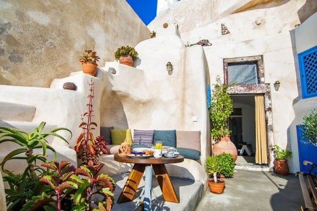 hazienda silrichtung für kleine terrasse mit gemauerter sitzecke rund und couchtisch holz