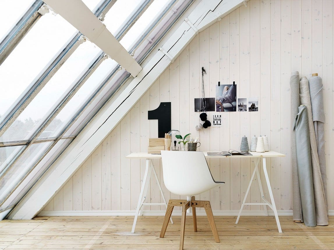 modernes wohnzimmer rustikal mit dachschräge und dachfenstern