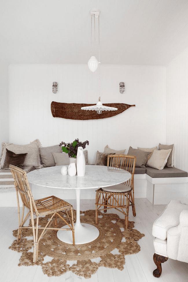 stylisches wohnzimmer beispiele für wohnzimmer weiß mit teppich häckeln und runder esstisch weiß