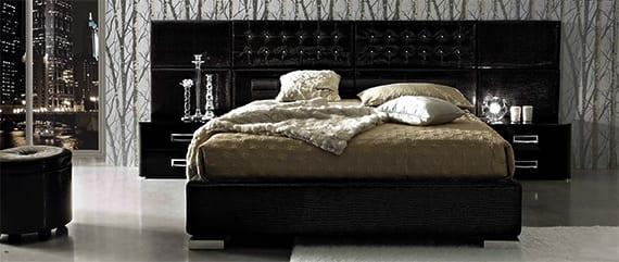 wohnideen schlafzimmer schwarz mit bet und kopfbrett aus leder schwarz-schlafzimmer wandgestaltung