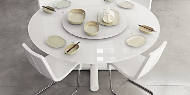runder tisch wei mit glasplatte milchwei freshouse. Black Bedroom Furniture Sets. Home Design Ideas
