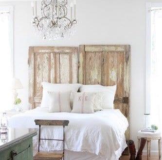 rustikale schlafzimmer inspiration mit deckenleuchte. Black Bedroom Furniture Sets. Home Design Ideas
