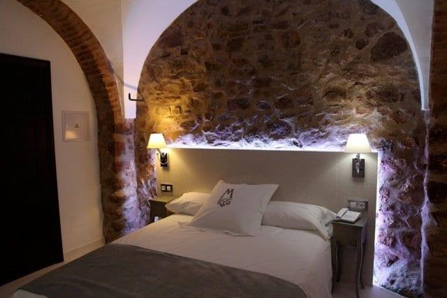 luxus schlafzimmer mit mauerwerk und bogen für kreative schlafzimmer wandgestaltung