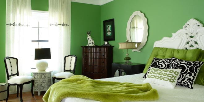 schlafzimmer inspiration mit wandfarbe gr n im barock freshouse. Black Bedroom Furniture Sets. Home Design Ideas