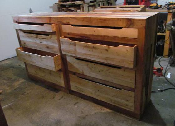diy sideboard mit schubladen aus paletten