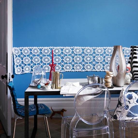 küche streichen mit wandfarbe blau und wanddekoration