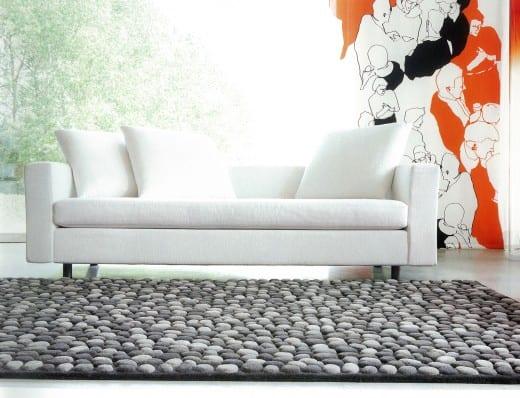 teppichmuster steine - wohnzimmer inspirationen mit sofa weiß und wandgestaltung mit mustertapete