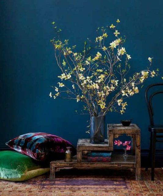 streichen mit schöner wandfarbe blau-wände streichen ideen in blau