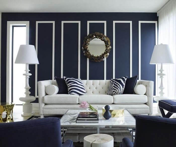 modernes wohnzimmer inspirationen in blau und weiß-fensterrahmen streichen und bilderrahmen dekorieren