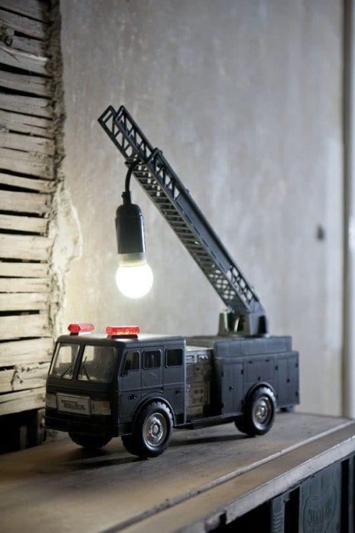 lampe selber bauen mit kinderspielzeige
