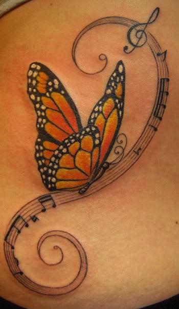 gelber schmetterling tattoo idee