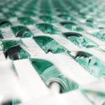 glaspaneele mit muster als raumteiler