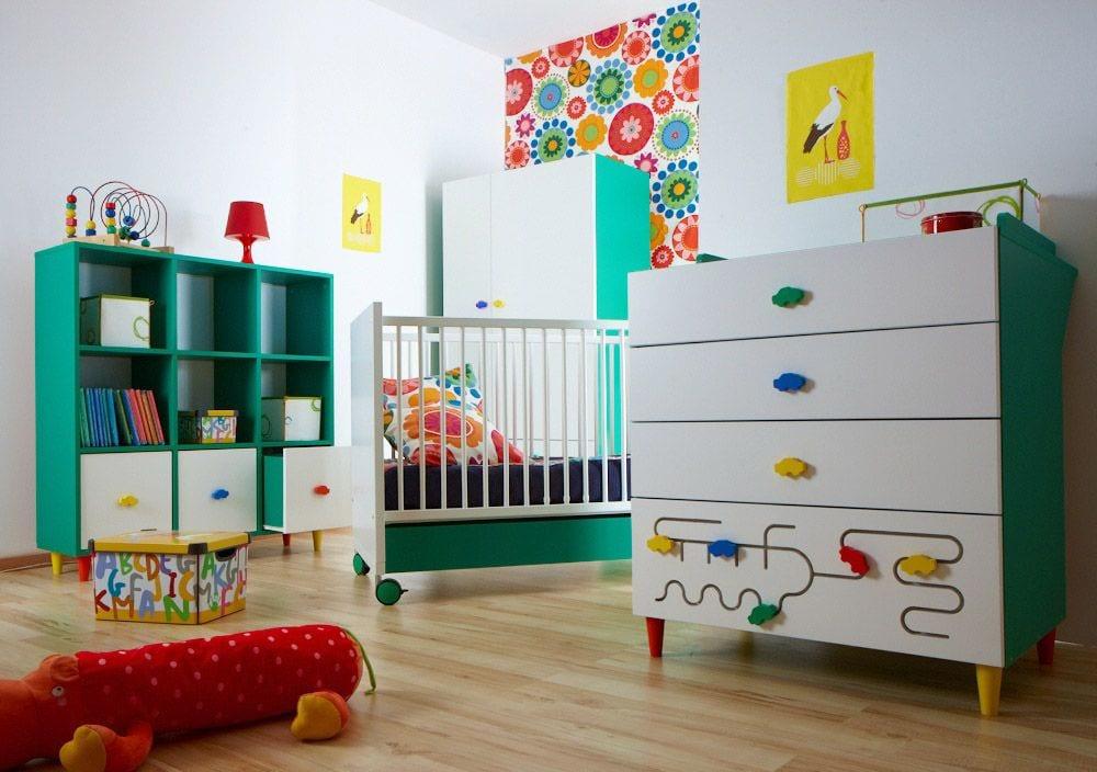 babyzimmermöbel für farbenfrohe babyzimmergestaltung
