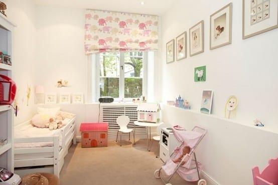 babyzimmer komplett weiß und fensterrollo babyzimmer mit rosafarbigen Elefanten