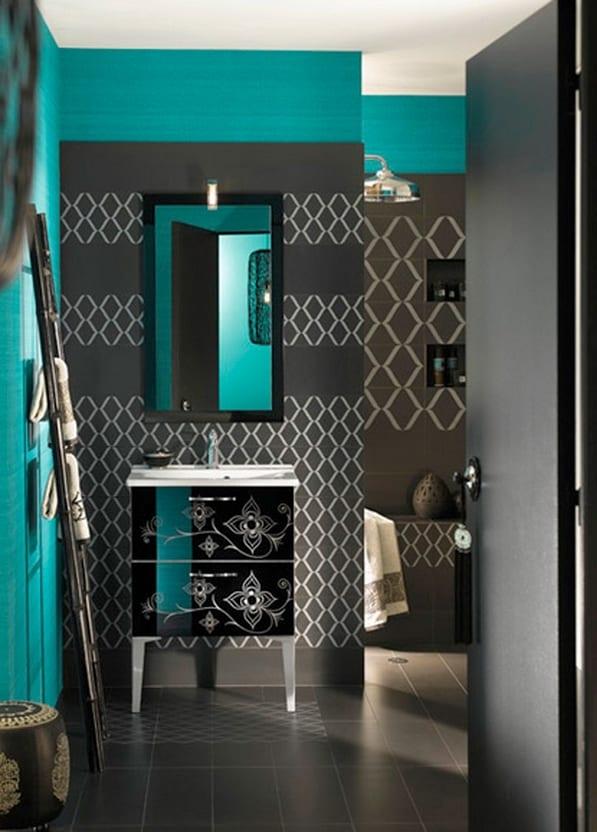 moderne badezimmer design in grau und blau mit spiegl für badezimmer in schwarz