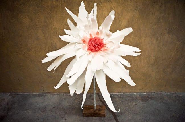 frühlingsblumen selber basteln aus Papier und badeschwamm