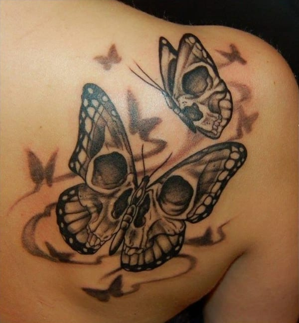 rücken schmetterling tattoo idee