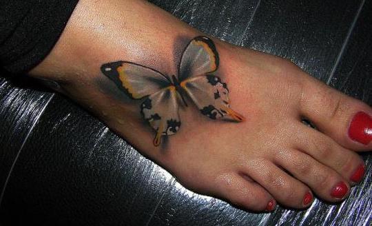 schmetterling tattoo idee für fuß