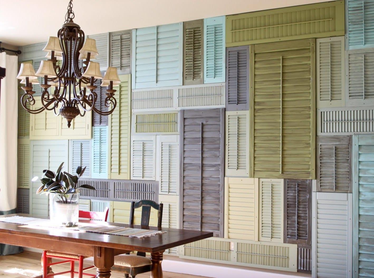 rustikale wandgestaltung wohnzimmer in blau und grün