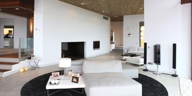 Luxus Wohnzimmer Weiss : Luxus wohnzimmer interior design in weiß mit schwarzem