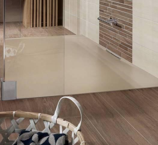 badezimmer ideen für badezimmer mit holzboden und farbgestaltung in beige