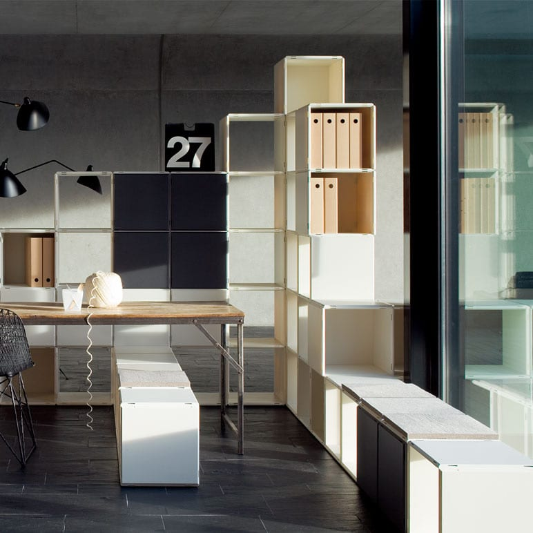 modulare büromöbel verschiedener farben