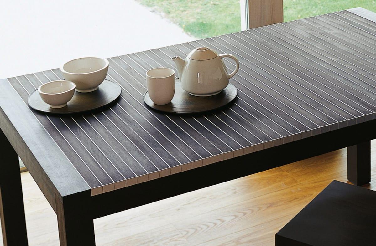 moderner Esszimmertisch ausziehbar aus Holz
