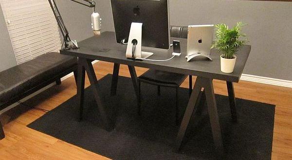 B roschreibtisch schwarz selber bauen freshouse for Bauen modern magazin