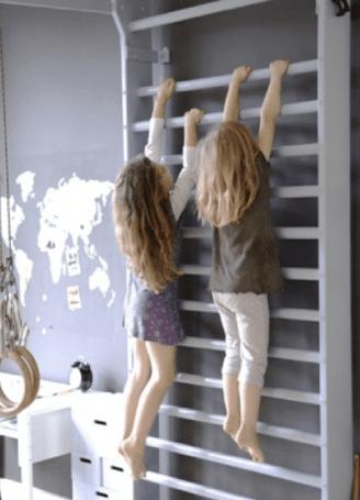 kinderzimmer inspirationen für coole gestaltung mit kletterwand weiß