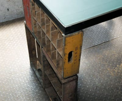schreibtisch selber bauen mit tischbeinen von schubladen. Black Bedroom Furniture Sets. Home Design Ideas
