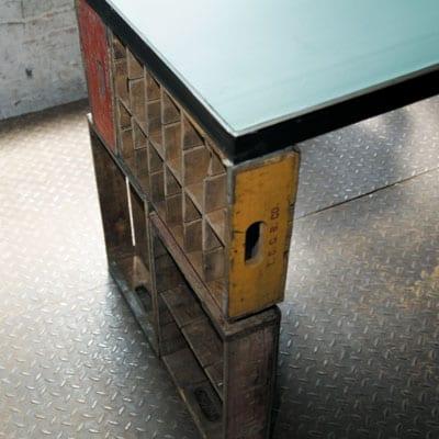DIY Schreibtisch mit Tischplatte und Holzschubladen