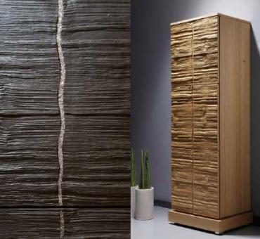 luxus Holzmöbel uas Echtholz mit Holzstruktur