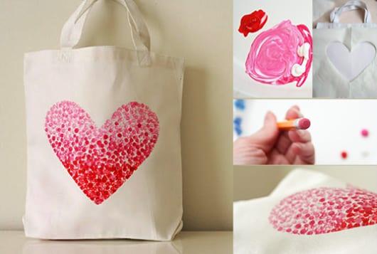 DIY Stofftasche Dekoration mit Bleistift und textilfarbe als coole Geschenkidee
