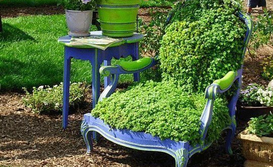 Coole gartendeko aus alten m beln f r kreative for Coole gartendeko