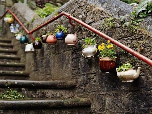 gartentreppe aus stein dekorieren