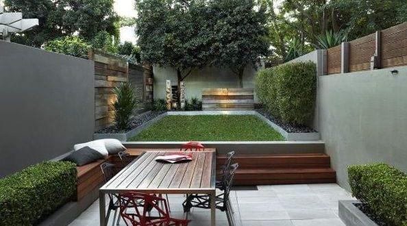 Gartengestaltung mit gartenbank und gartentisch aus holz freshouse - Gartengestaltung aus holz ...