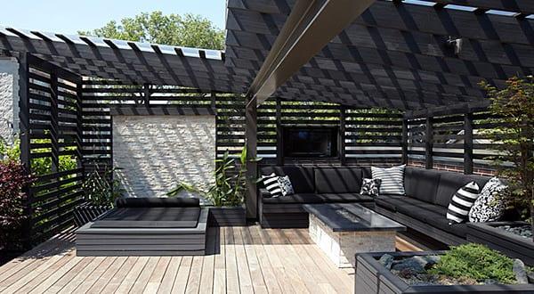 Gartengestaltung mit sitzecke und sonnenschutz freshouse for Gartengestaltung sitzecke