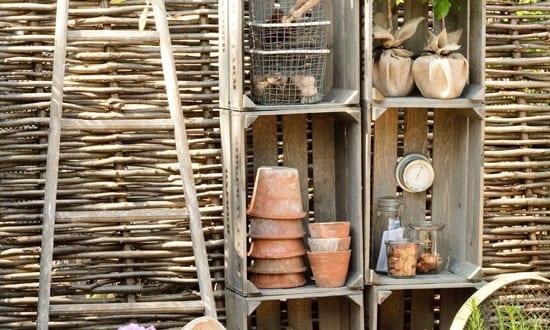 Gartenzaun holz und holzsteigen als gartendeko idee for Gartendeko idee