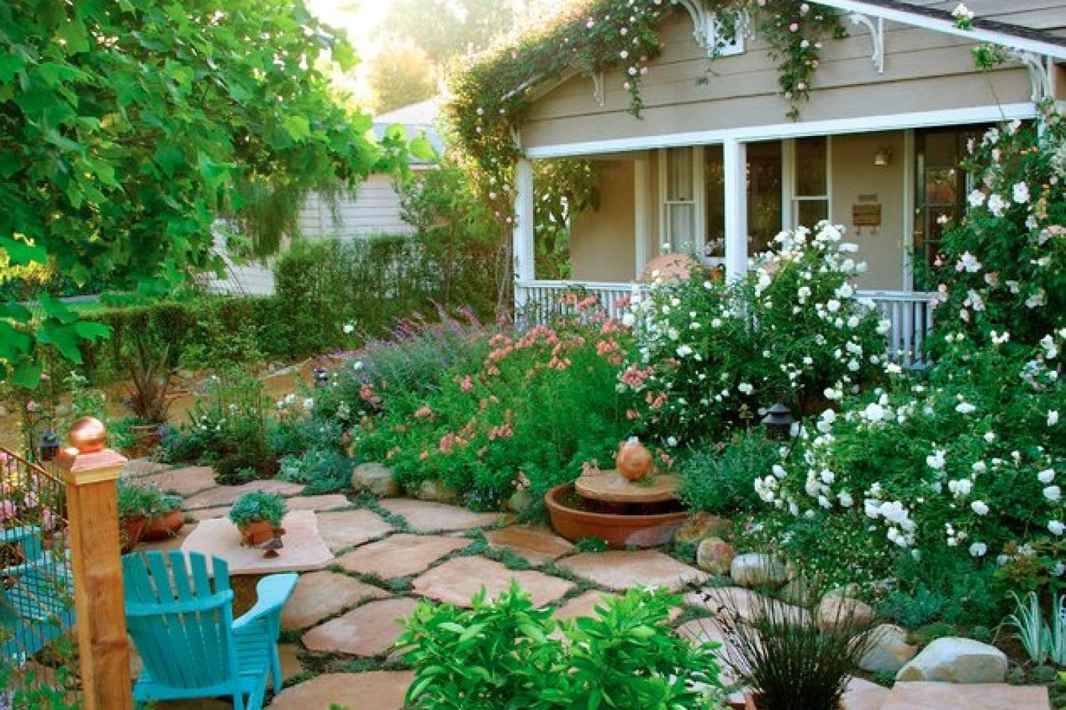 Cottage garden eine der beliebtesten gartenformen for Backyard cottage designs
