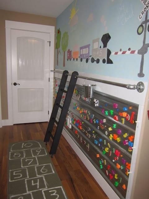 kleine kinderzimmer einrichten und wandgestaltung als spielfläche im kinderzimmer