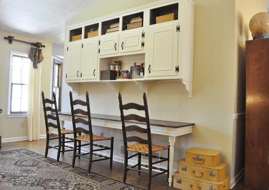 DIY Sideboard und Schreibtisch befestigt an der wand