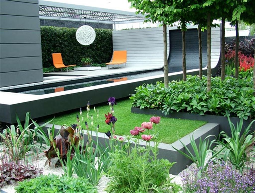 traumgarten gestaltung mit gartenpavillion und pool