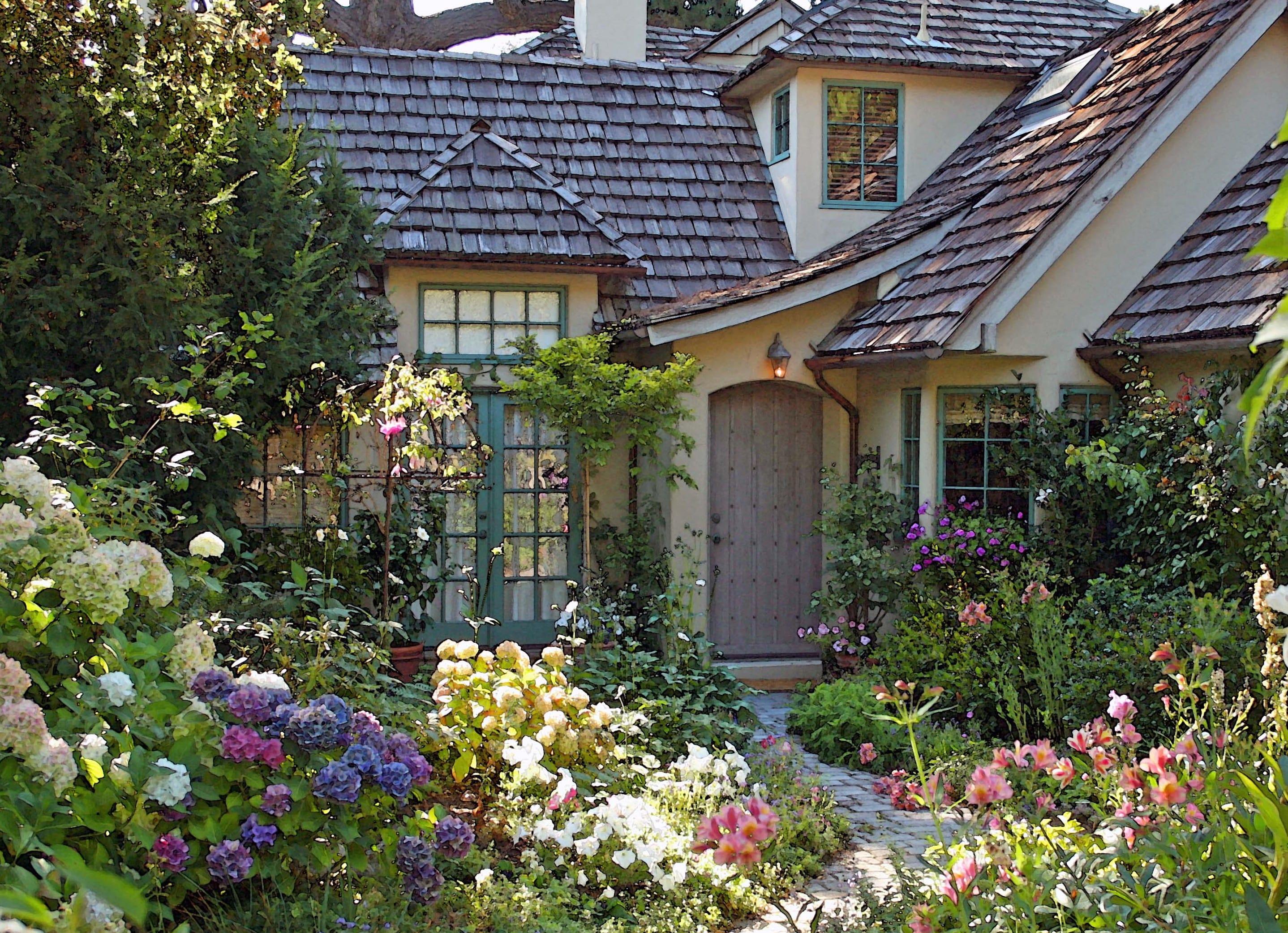 gartengestaltung mit bauerngartenblumen für fantastischer cottage garden design