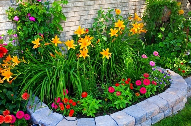 Gestalten sie ihre eigene gartenschau frisch mobel for Easy flower garden designs