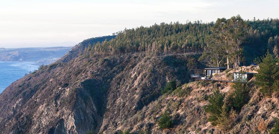 eingeschoßiges Traumhaus am Hang aus Kieferholz