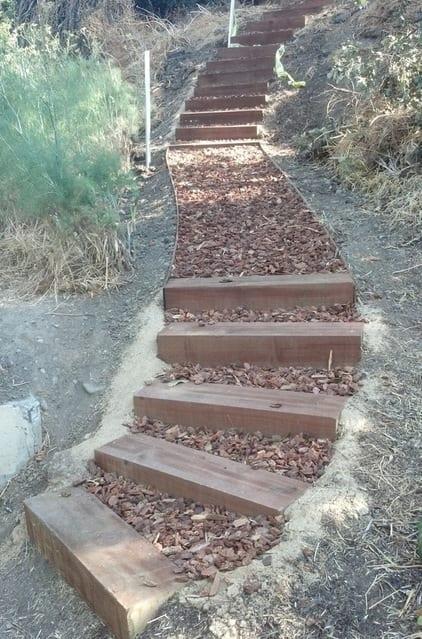 DIY Gartentreppe mit Holz