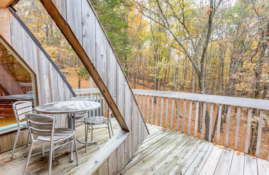 coole idee für Holzhaus mit Holzterrasse
