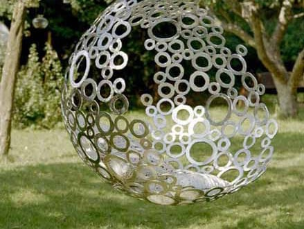 Kugel h ngesessel als kreative gartendeko idee freshouse for Gartendeko idee