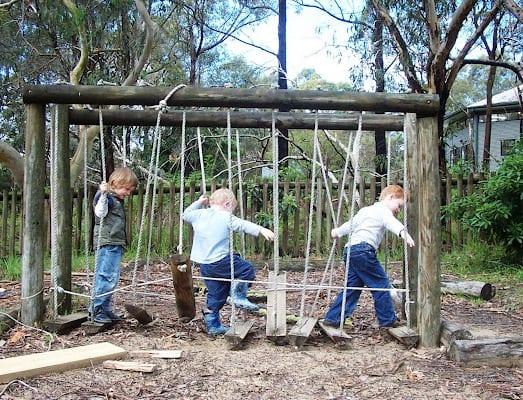 Kinderspielplatz selber bauen aus holz